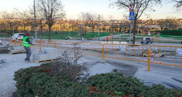 Obras de adaptación de reductores de velocidad en viales de Dehesa Vieja y Tempranales en el municipio de San Sebastián de los Reyes de la Comunidad de Madrid