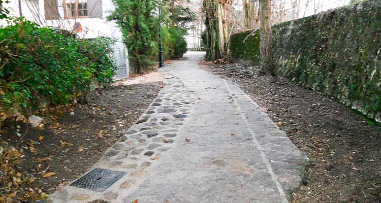 Obras de recuperación y acondicionamiento de la C/ Fuente del Suso y entorno, en la localidad de Olmeda de las Fuentes 1