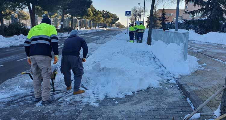 Colaboración en trabajos de limpieza de la nieve depositada por la borrasca Filomena en el municipio de Pozuelo de Alarcón